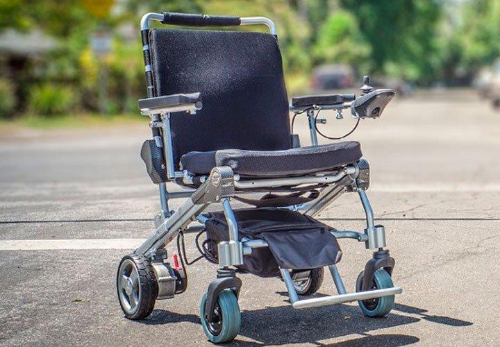 Инвалидная коляска с двигателем