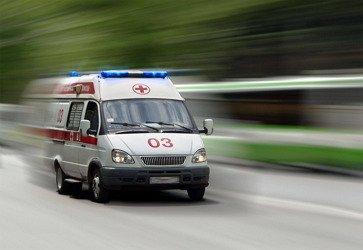 Автомобиль скорой помощи - уступить дорогу