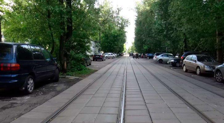 Трамвайные пути на одном уровне с проезжей частью