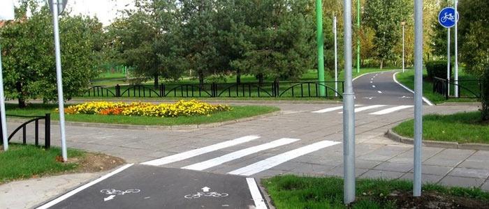 Водителей обязали уступать дорогу велосипедистам. Миф или реальность?